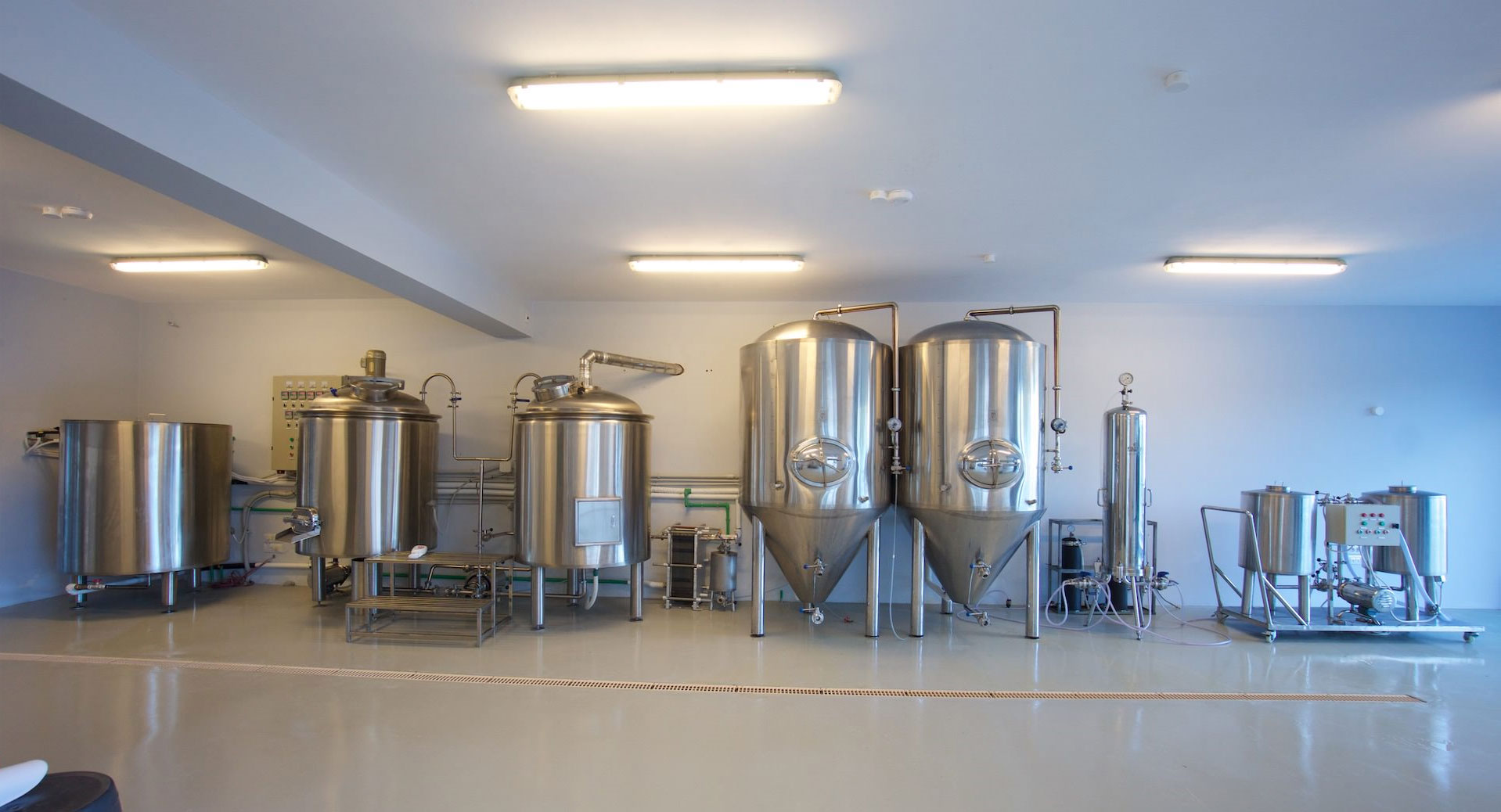 kefalonia_brewery01