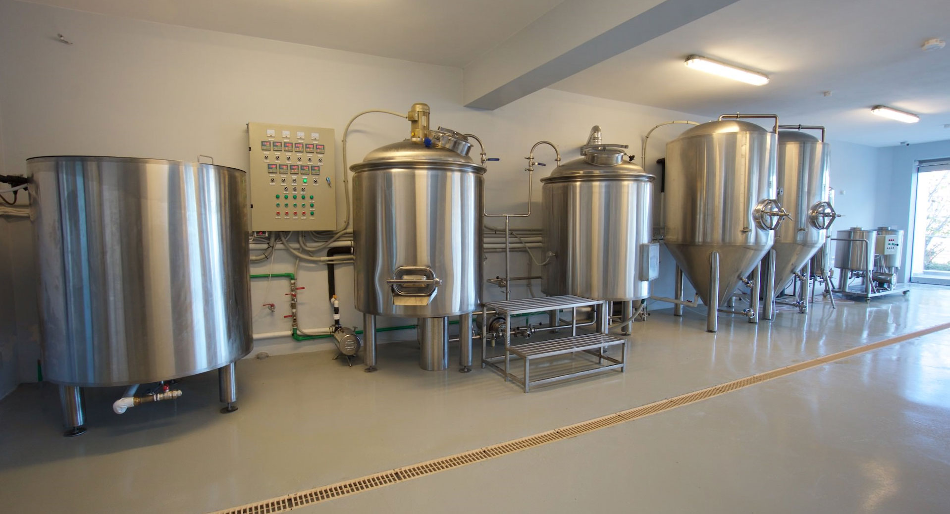 kefalonia_brewery02